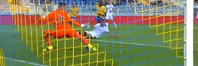 Matous Trmal faz defesa caricata e outra de circunstância – Estoril 0-0 Vitória SC