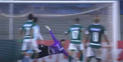 César Augusto faz duas defesas de nível – Londrina EC 0-0 Goiás EC